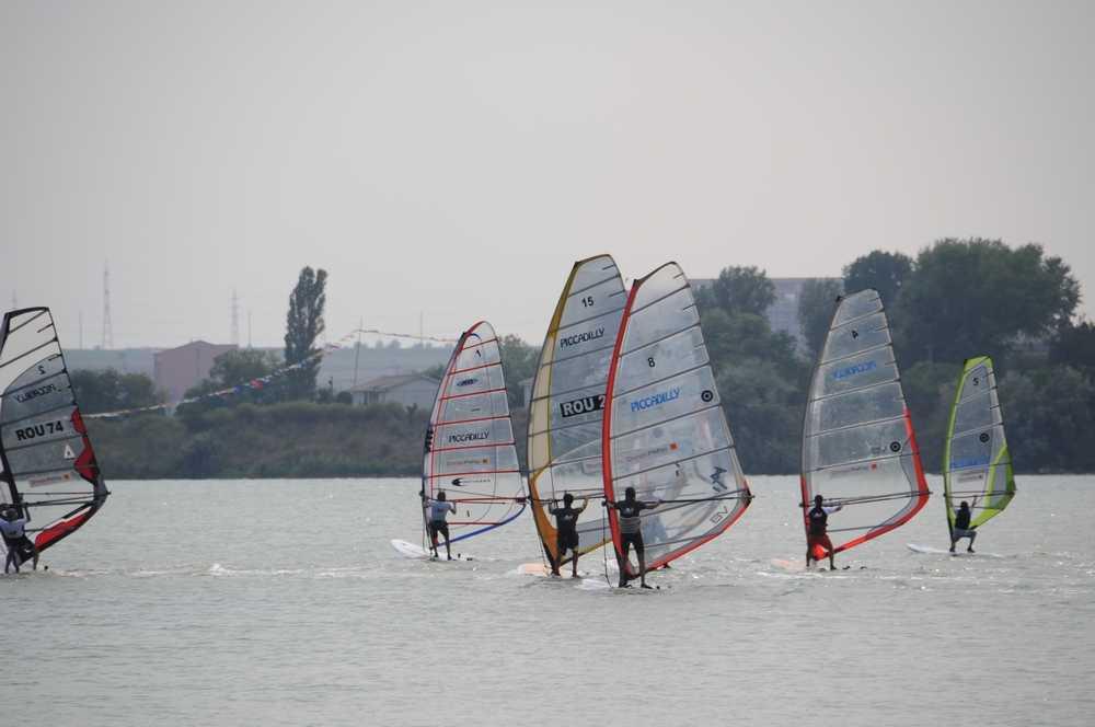windsurfing cupa orange mamaia