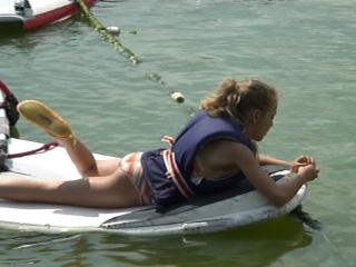 maria-windsurfing
