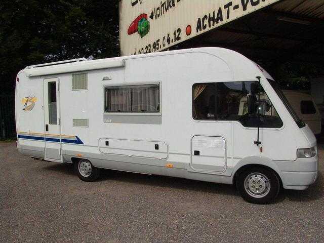 9067a-camping_car_integral_burstner_i_642_200.jpg