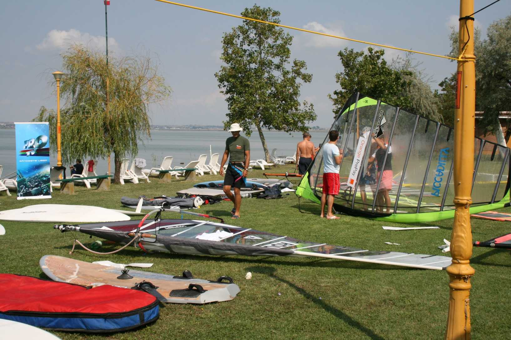 scoala de windsurfing